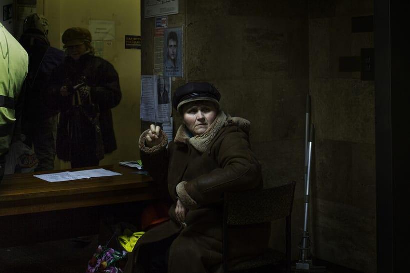 between barricades in kiev, Ukraine 22