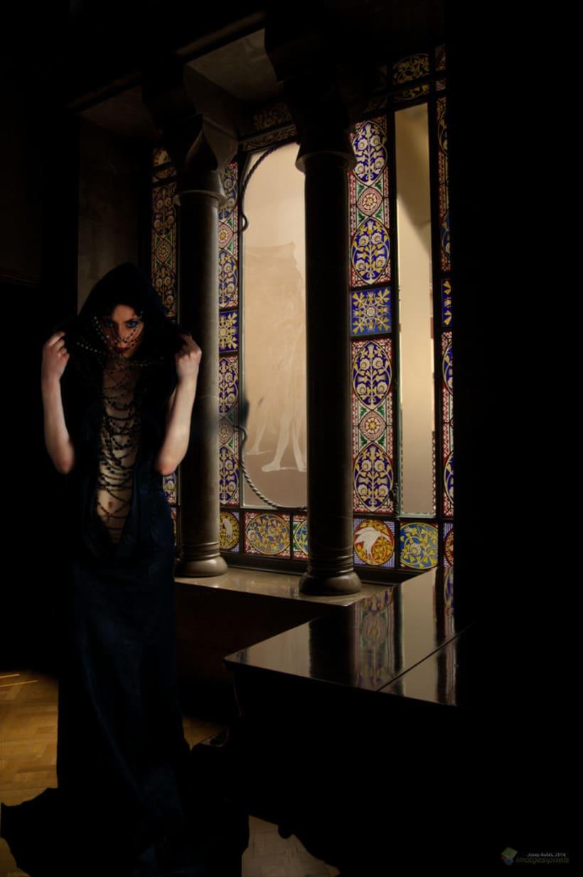 Misteri al Palau Güell. Barcelona -1