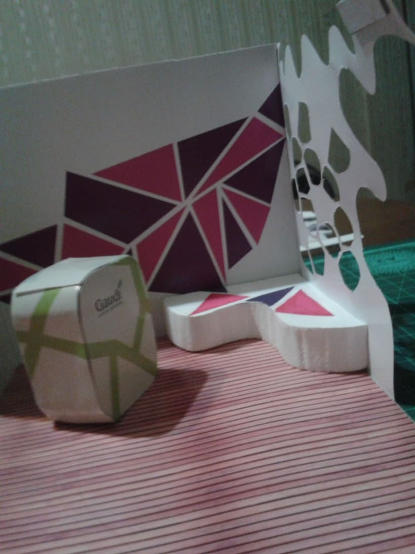 Stand tridimencional - Antoni Gaudí 5