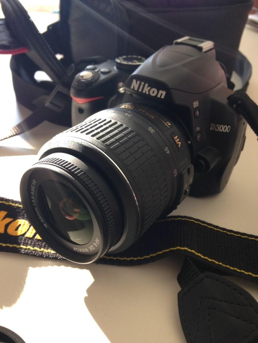 Vendo Nikon D3000 - 240€ 0