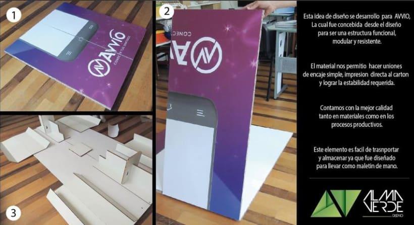 Agencia Visual Gloow / Claro Avvio - Stands armables en cartón 1