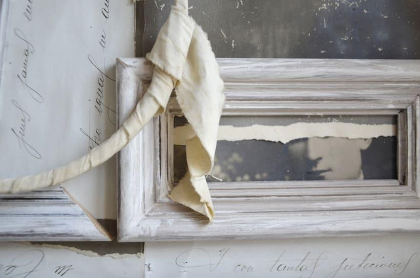 """""""Hombre Ambivalente"""". Montaje Técnica Mixta Collage Arte. Fotografía, madera, papel manuscrito, bastidor con tejido. Técnica Upcycling. 0"""