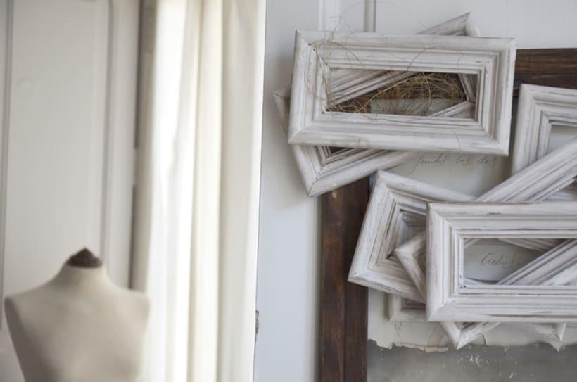 """""""Hombre Ambivalente"""". Montaje Técnica Mixta Collage Arte. Fotografía, madera, papel manuscrito, bastidor con tejido. Técnica Upcycling. 1"""
