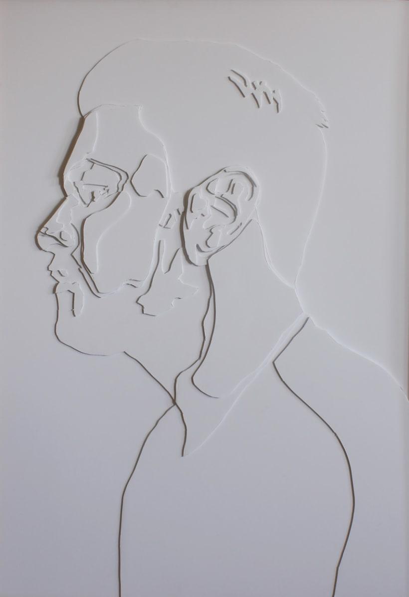Cartografías del origen - Autorretratos en cartón pluma de 100 cm x 70 cm -1