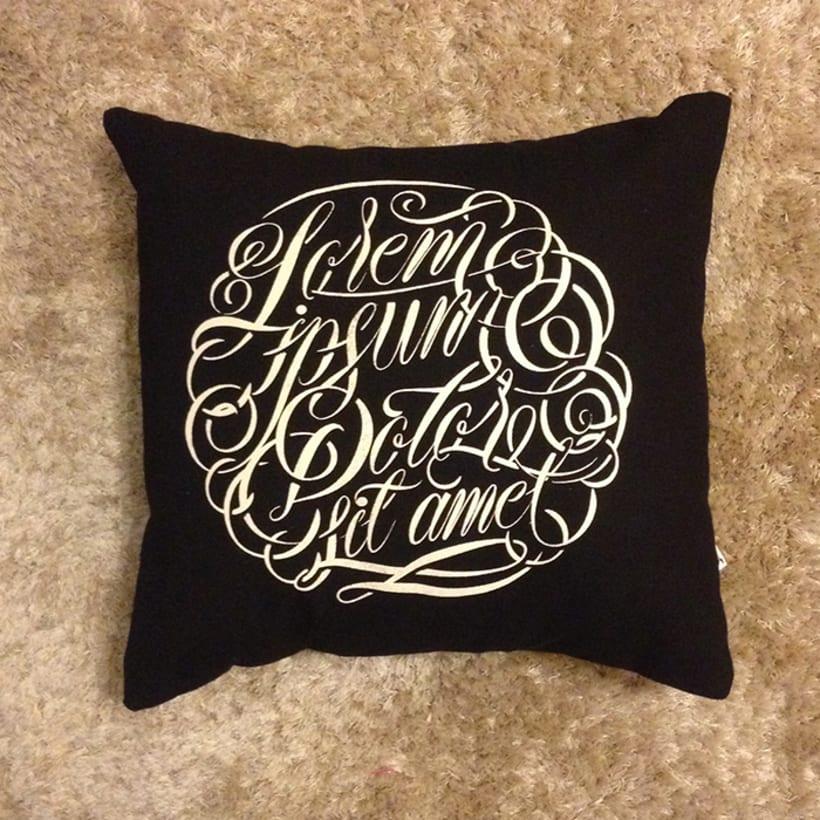 Lorem ipsum - Pillows 10