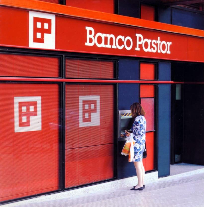 Banco Pastor 1