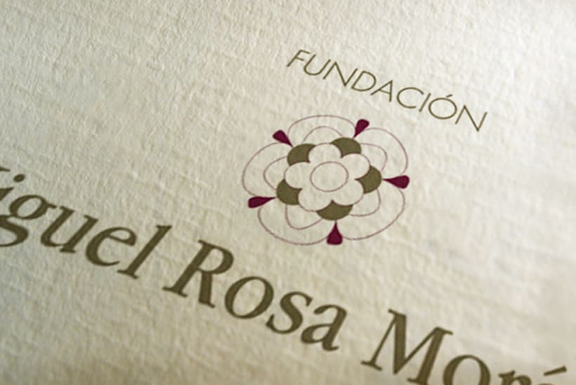 MRM Fundacion · identidad corporativa 0