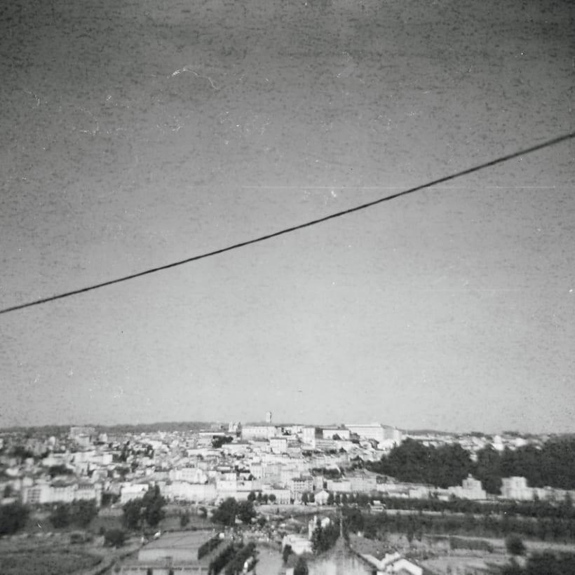 Lisbon B&W (Holga - Lomography) 7
