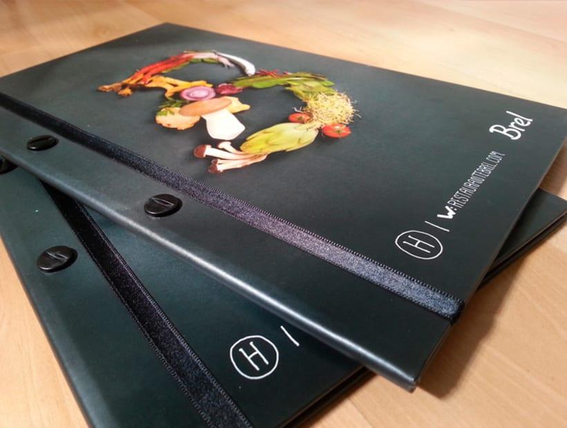 Restaurante Brel | Diseño de cartas + señalética 3