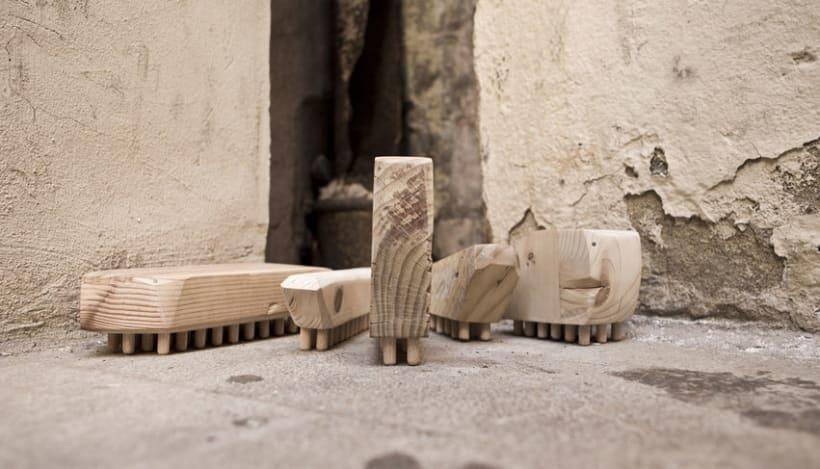 Bits · juguetes de madera recuperada 1