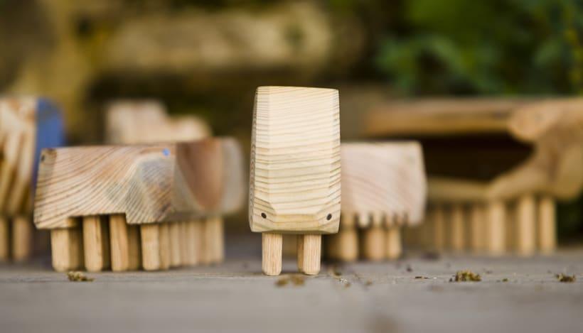 Bits · juguetes de madera recuperada 6