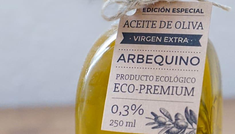 Diseño de etiqueta para packaging - Solera Terraeecto 3