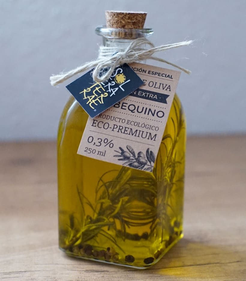 Diseño de etiqueta para packaging - Solera Terraeecto 4