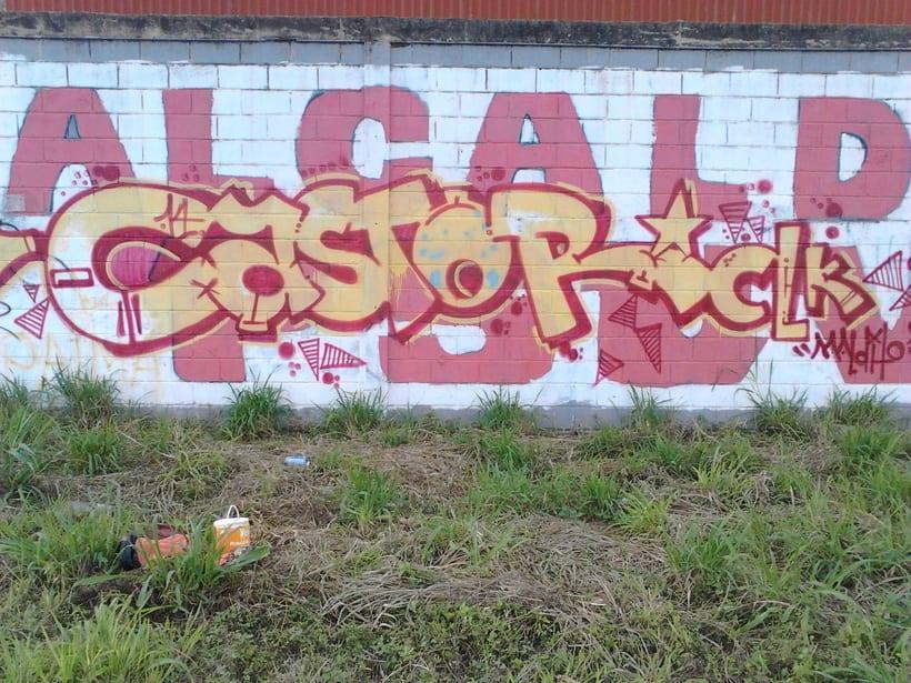 GRAFFITIS DE AYER Y HOY!!  2