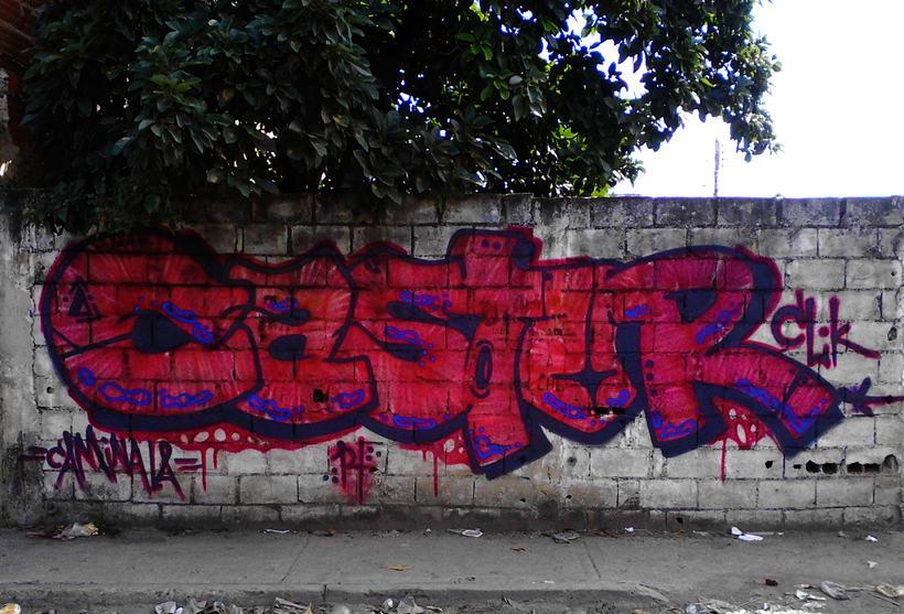GRAFFITIS DE AYER Y HOY!!  8