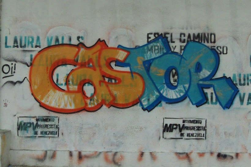 GRAFFITIS DE AYER Y HOY!!  14