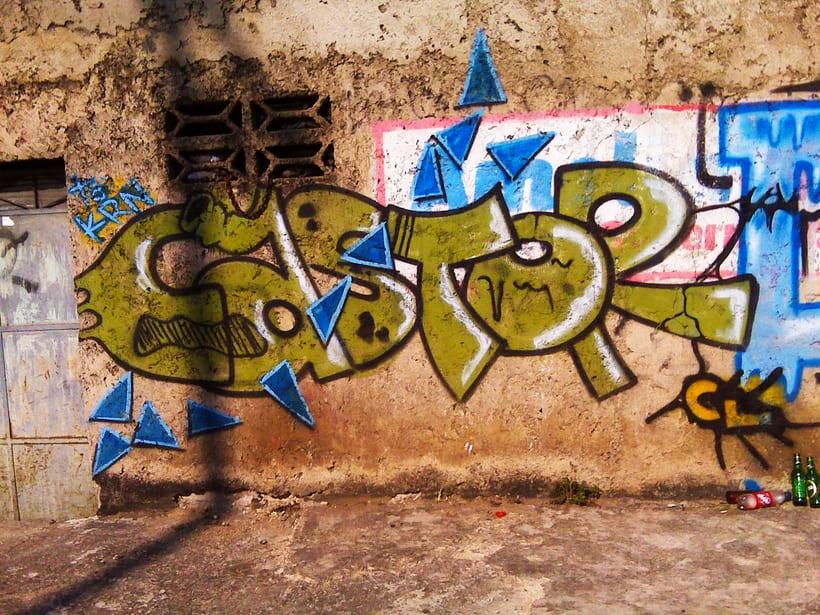 GRAFFITIS DE AYER Y HOY!!  17