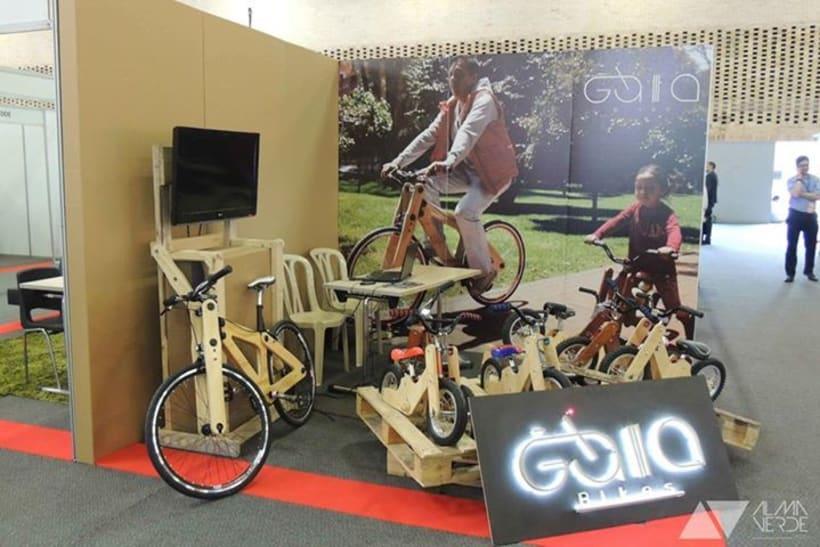 Gaia Bikes - Exhibición para Jóvenes Empresarios 2015 -1