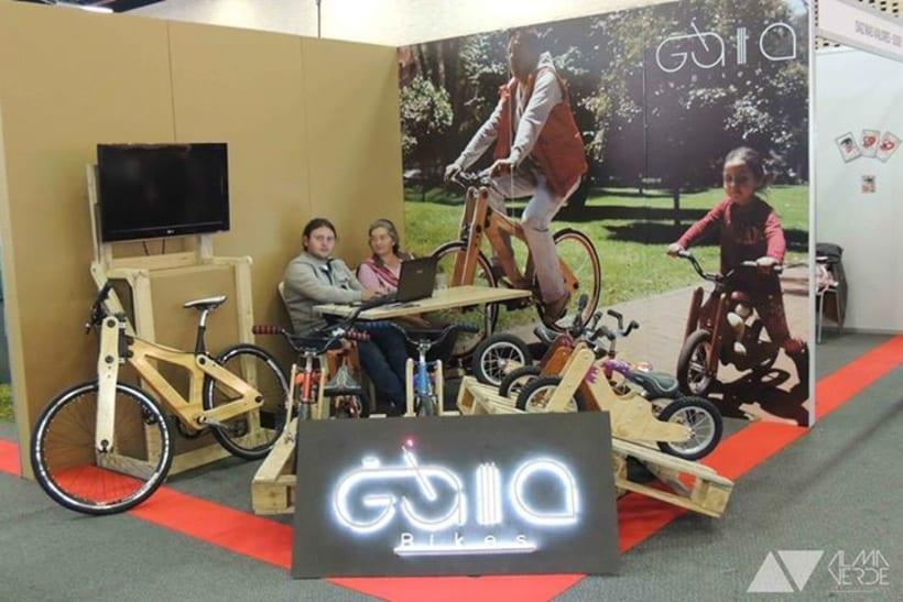 Gaia Bikes - Exhibición para Jóvenes Empresarios 2015 0
