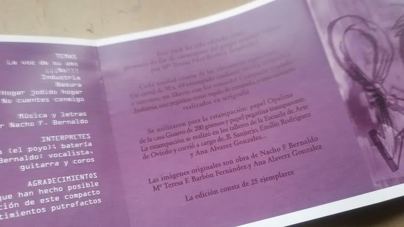 Libreto y carátula de CD 3