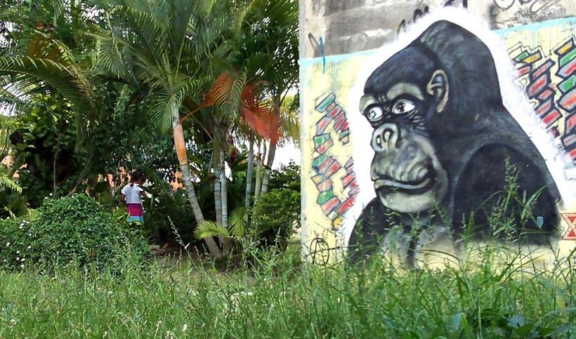 GRAFFITIS DE AYER Y HOY!!  19