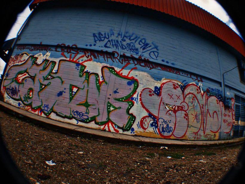 GRAFFITIS DE AYER Y HOY!!  25
