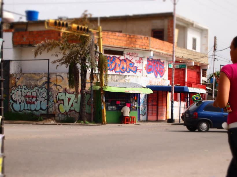 GRAFFITIS DE AYER Y HOY!!  26