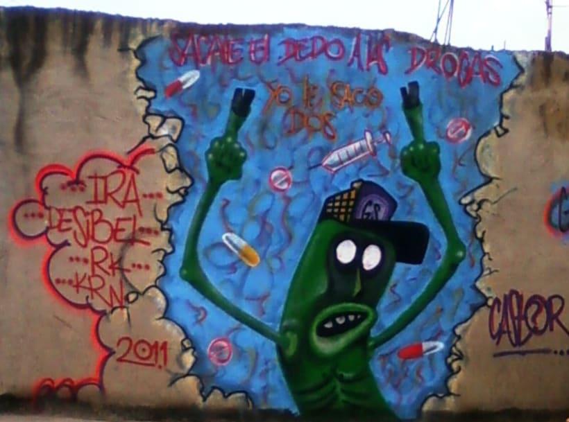 GRAFFITIS DE AYER Y HOY!!  27