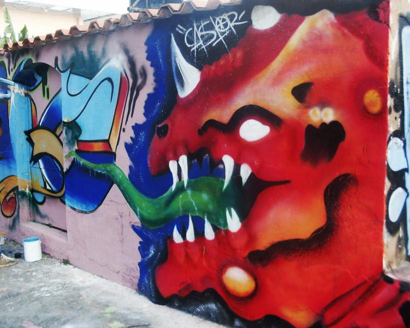 GRAFFITIS DE AYER Y HOY!!  28