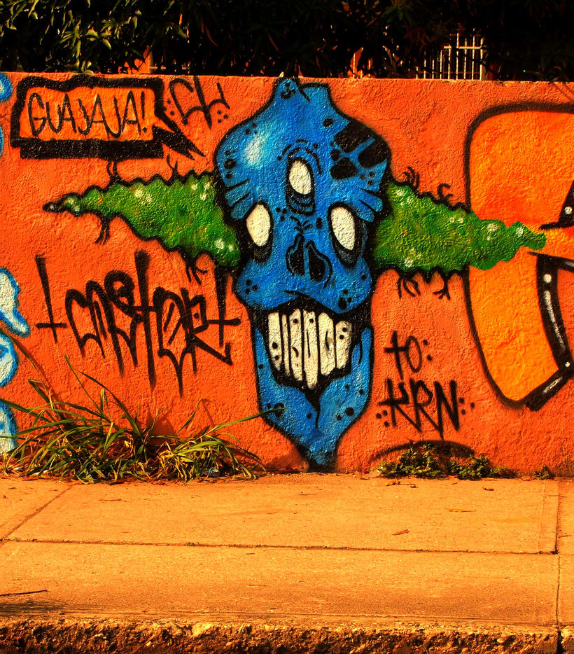 GRAFFITIS DE AYER Y HOY!!  36