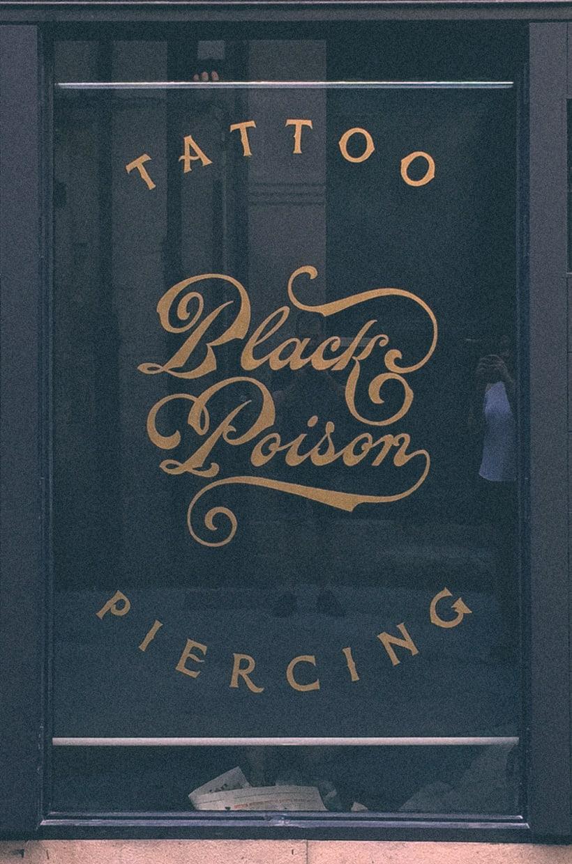 Black Poison. Rotulación de cristal a mano. 13