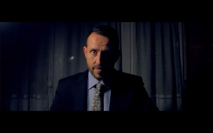 Mediometraje: El Hombre de la Botella.  -1
