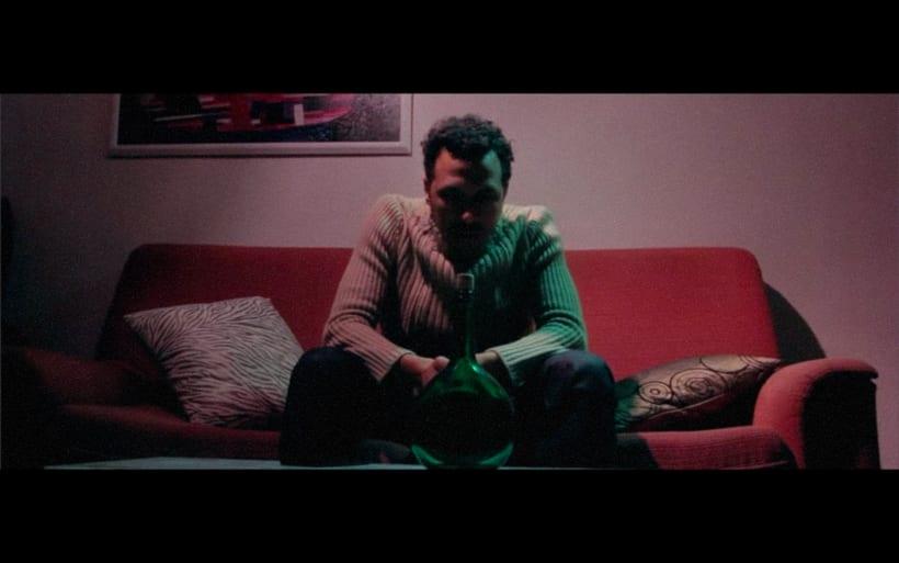 Mediometraje: El Hombre de la Botella.  1