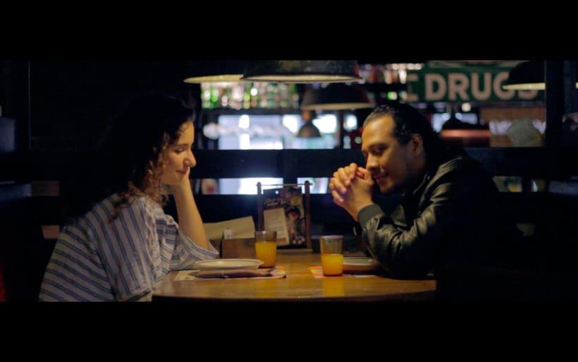Mediometraje: El Hombre de la Botella.  5