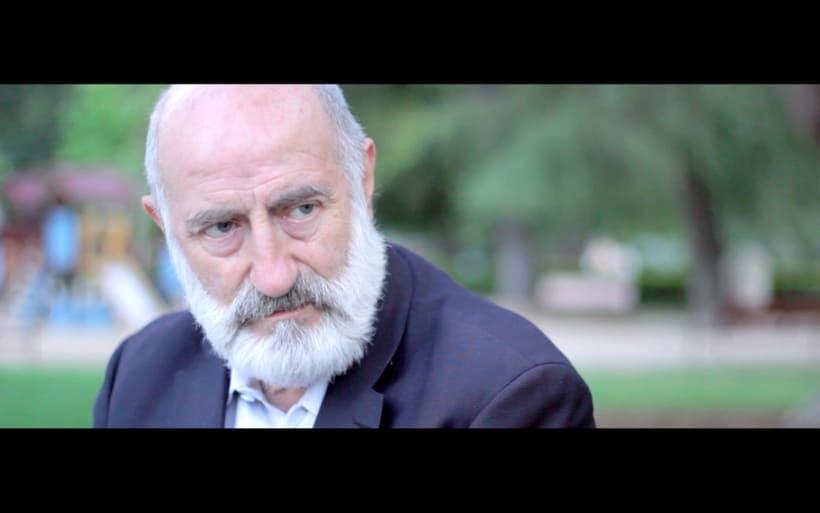 Mediometraje: El Hombre de la Botella.  13