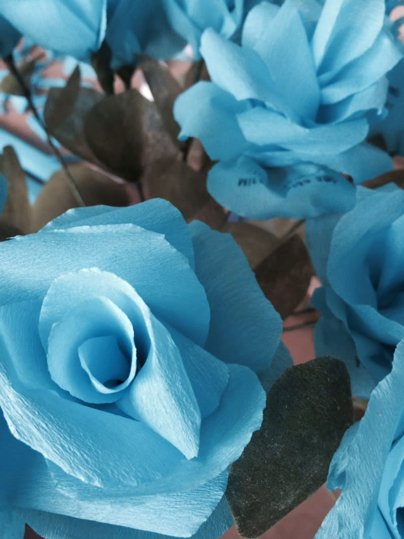 3000 Sant Jordi Folded Flowers 1