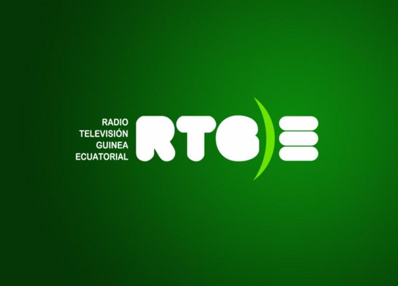 Diseño de logotipo para la RTGE (Radio Televisión de Guinea Ecuatorial). El concepto en el que se basa el logotipo se fundamenta en dos ideas: la morfología del país y su bandera. -1