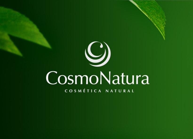 """Diseño de logotipo para Cosmonatura, empresa de distribución de cosmética natural y plantas medicinales. La """"C"""" surge del interior de una serie de capas que la rodean y que recuerdan una flor o una planta. -1"""