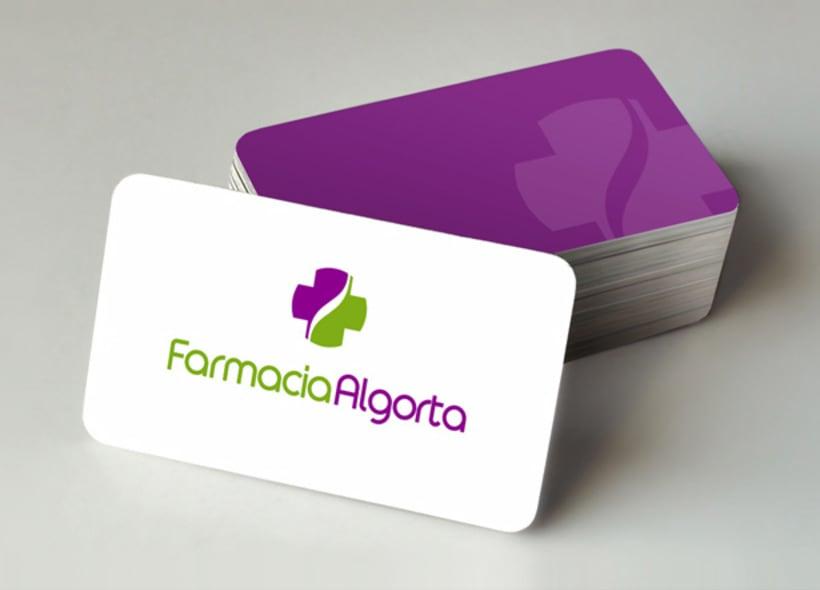 Algorta es el nombre de una farmacia ubicada en Madrid. El logo definitivo combina sutilmente la cruz y el icono de la serpiente. -1