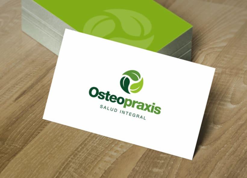 Diseño de logotipo para Osteopraxis, un centro ubicado en Sevilla y especializado en osteopatía, quiromasaje y un amplio abanico de terapias naturales. -1