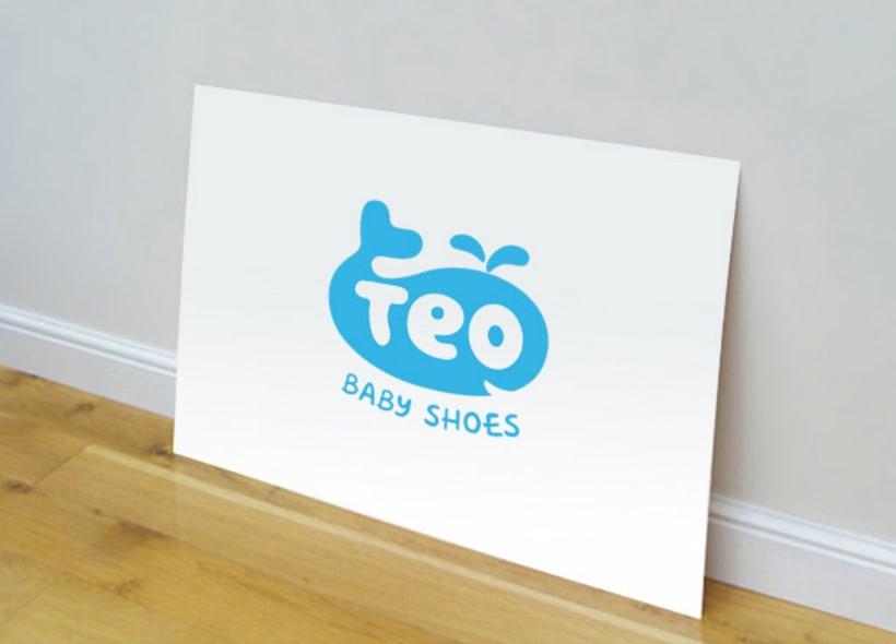 Teo Baby Shoes es el nombre de una empresa de calzado infantil con una filosofía de productos alegres y modernos. el icono es una ballena, que en realidad parte de la forma de un pequeño zapato. -1