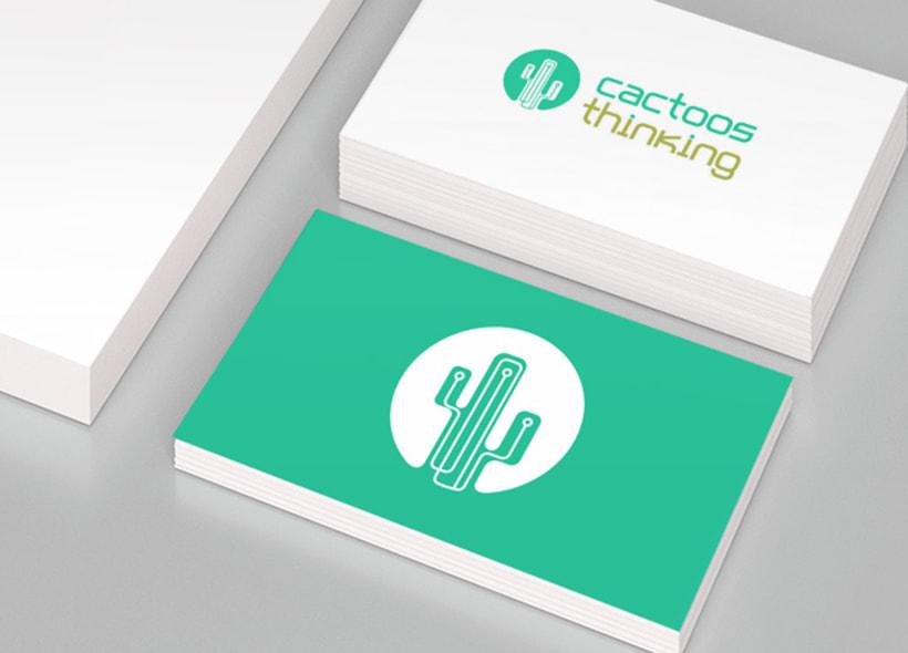 """Cactoos Thinking es una consultoría tecnológica para proyectos """"startups"""" o con concepto tecnológico innovador. Jugando con las líneas verticales (hileras de pinchos) típicas de estas plantas hemos colocado sutilmente el circuito de un microchip. -1"""