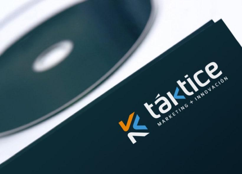 Diseño de logotipo para Taktice, una empresa especializada en marketing digital y offline, innovación en modelos de negocio y planes de viabilidad. -1