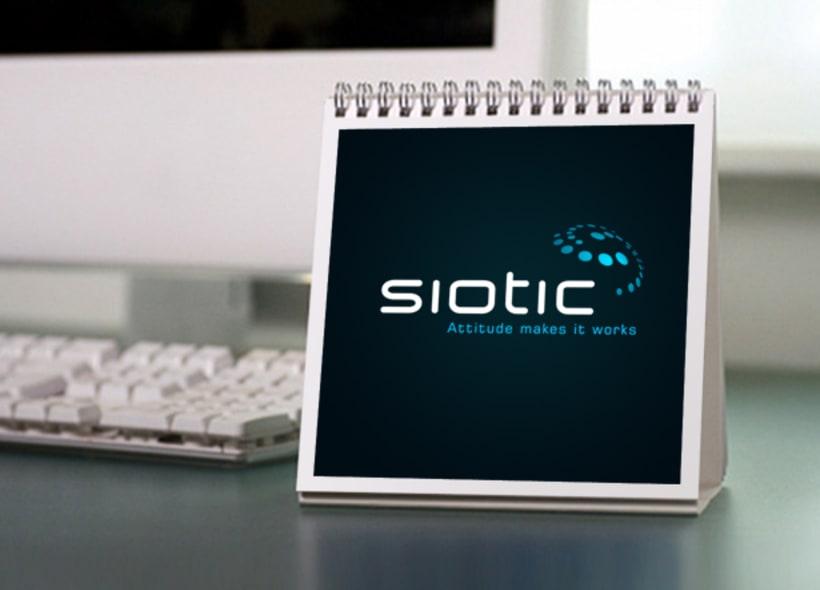 Diseño de logotipo para Siotic, una consultoría tecnológica ubicada en La Coruña especializada en websphere commerce, Google analytics, desarrollo de software, implantación de ERPs, comercio electrónico, etc... -1