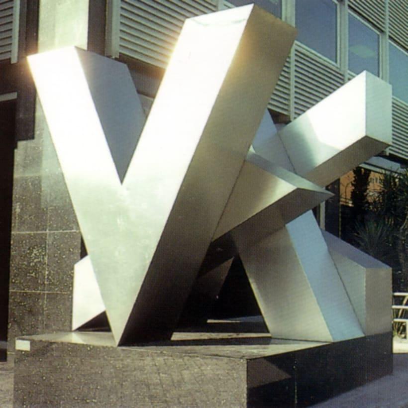 Esculturas corporativas: identidad tridimensional 3