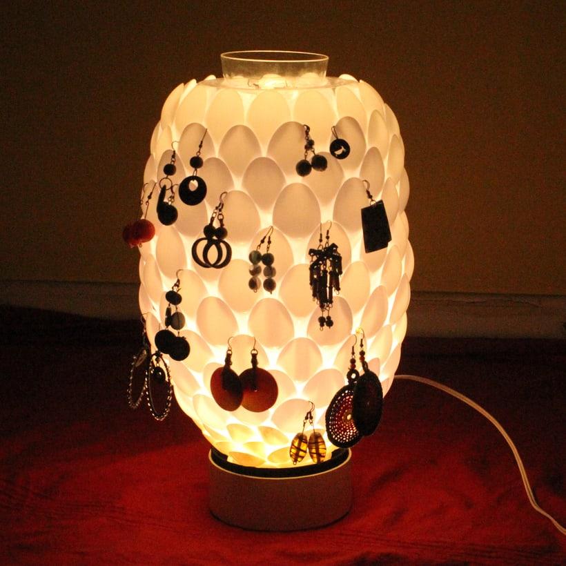 Piña de luz - reciclaje 1