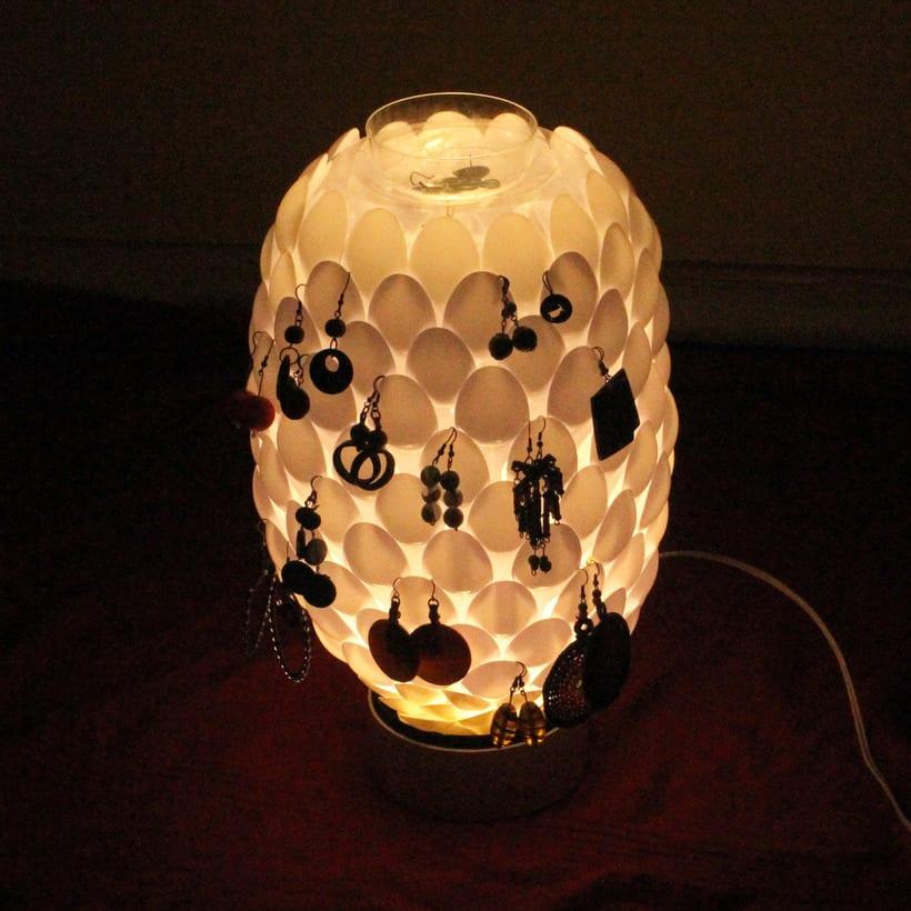 Piña de luz - reciclaje 2