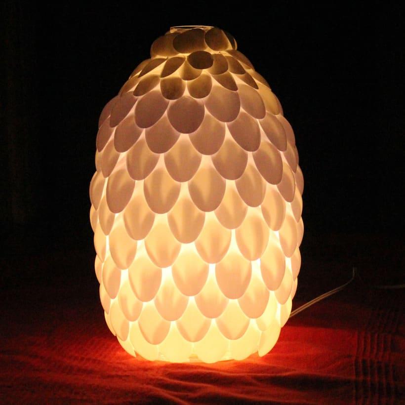 Piña de luz - reciclaje 4