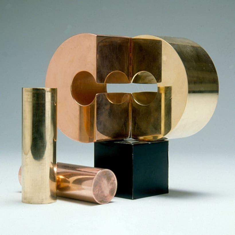 Esculturas corporativas: identidad tridimensional 31