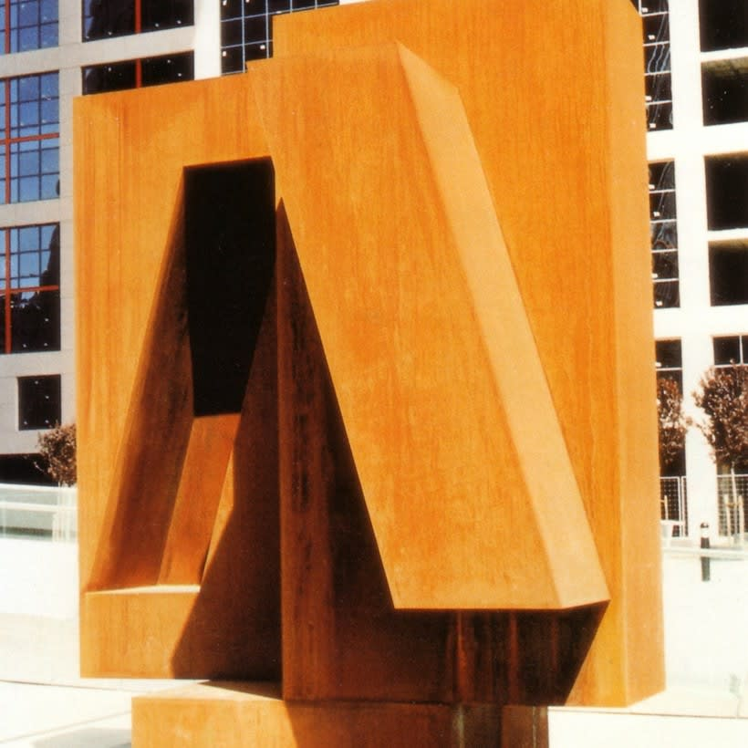 Esculturas corporativas: identidad tridimensional 46
